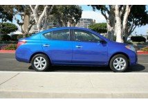 COMPACT CAR (Nissan Versa or similar)